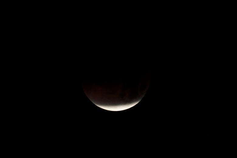 Луна6