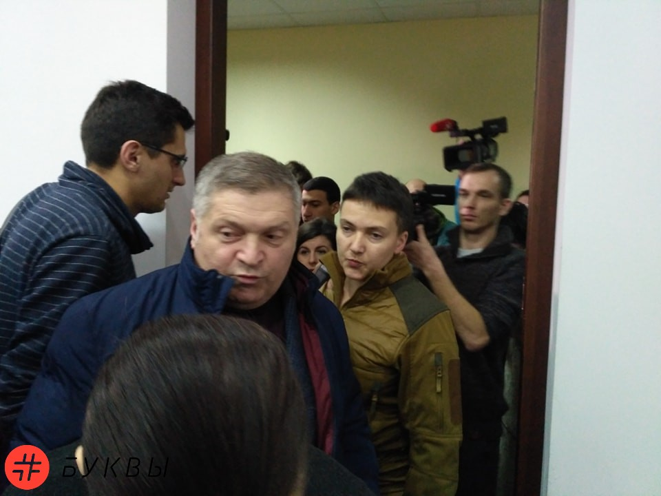 Савченко пришла в суд к Рубану_01