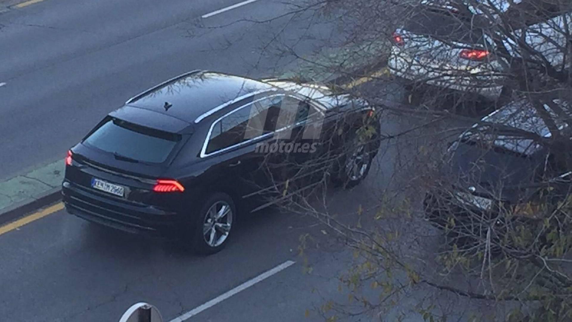 Новый кроссовер компании Audi.