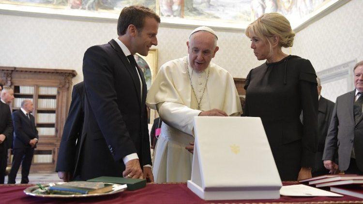 Ватикан10