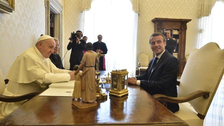 Ватикан7
