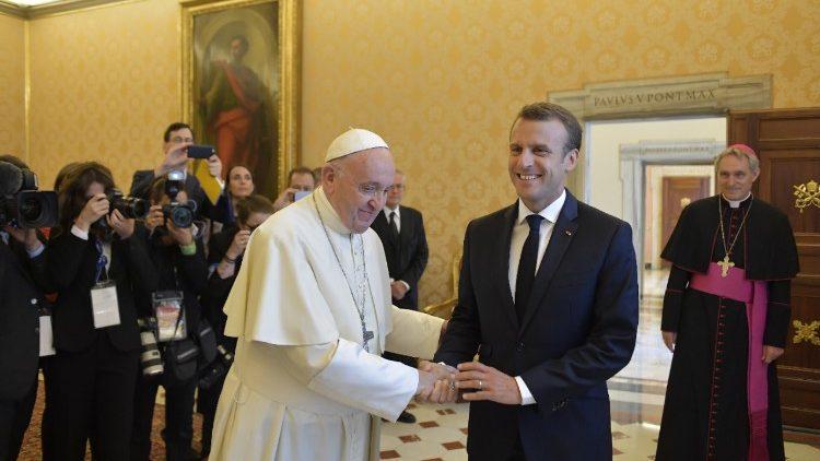Ватикан8