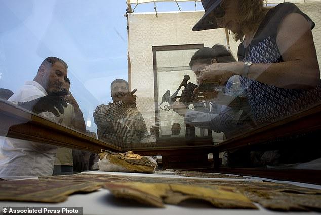 В Египте обнаружены артефакты_10