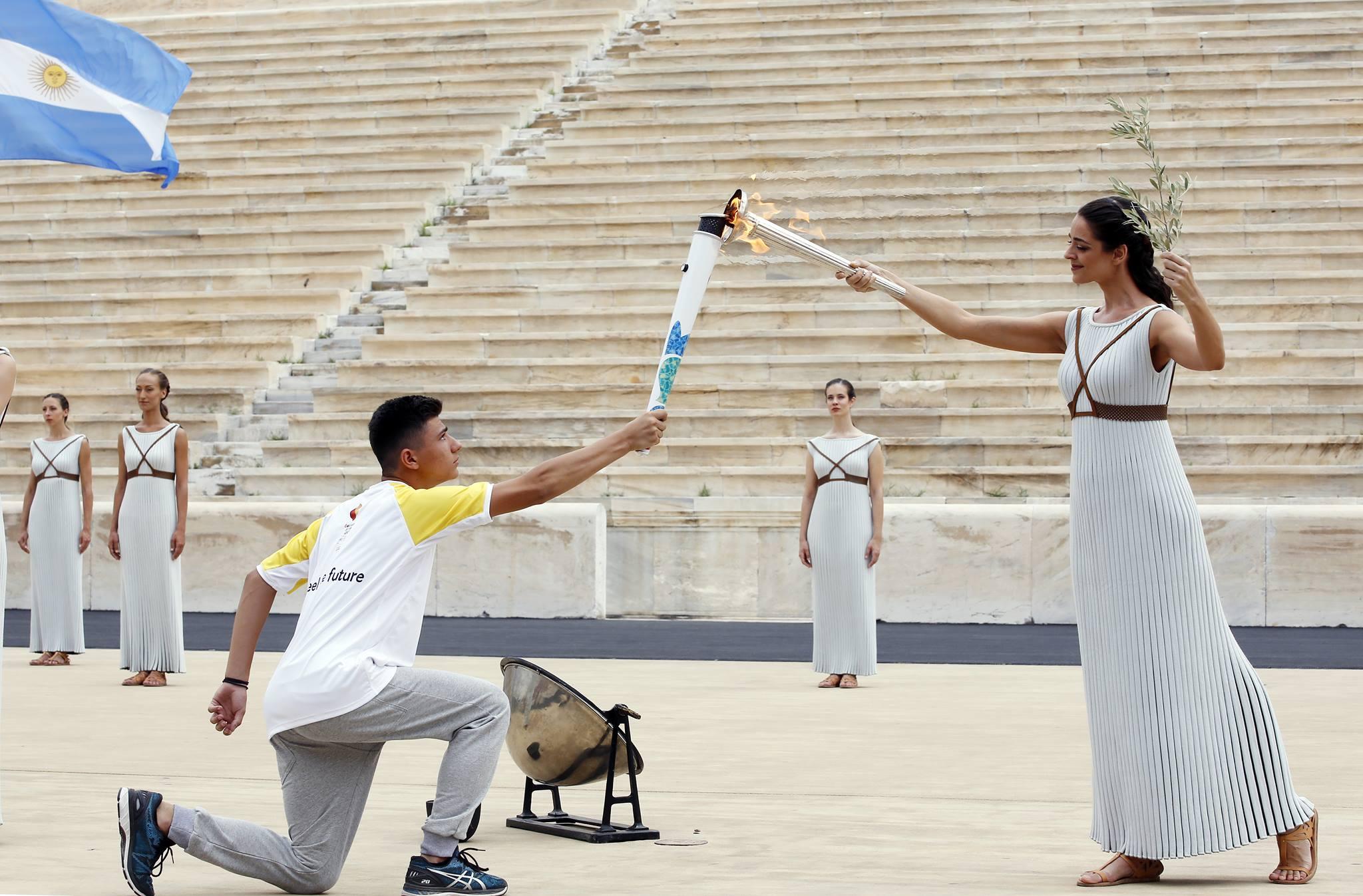 Афины_огонь_юношеская олимпиада
