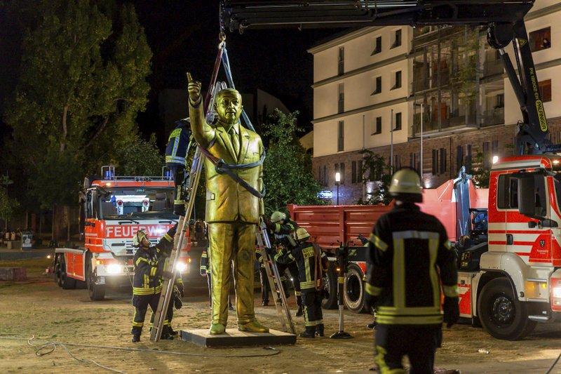 статуя1