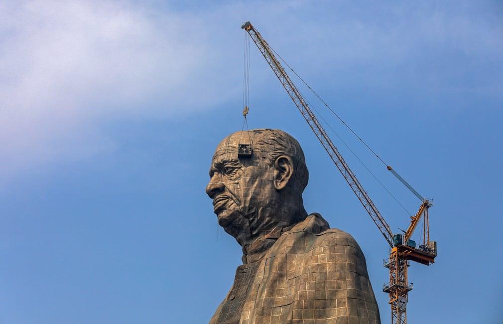 статуя10