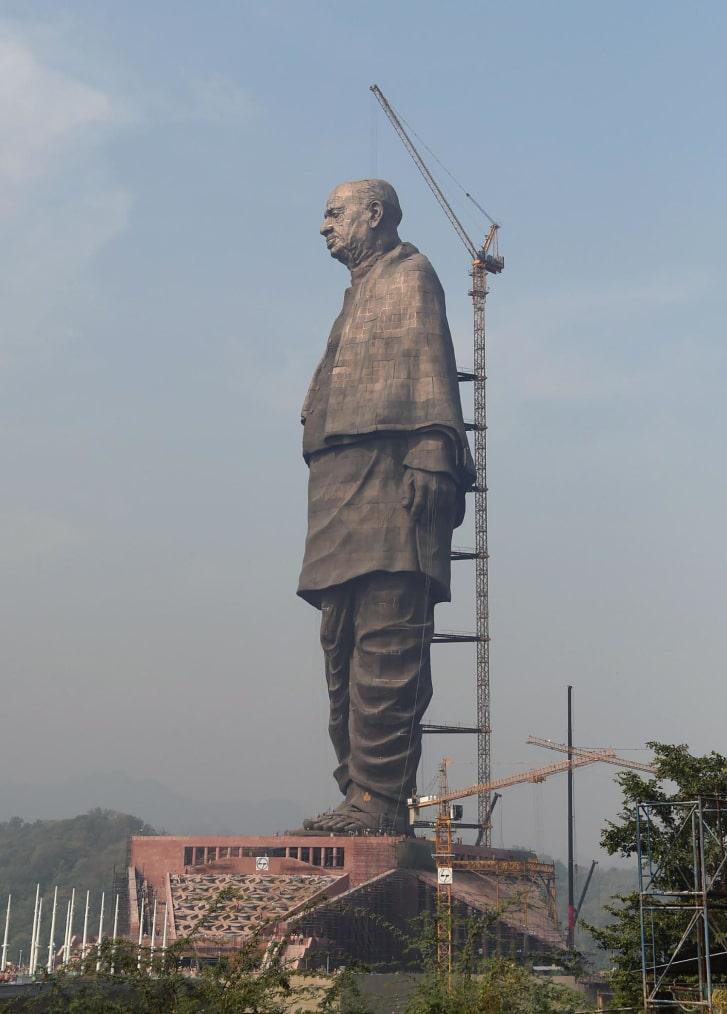 статуя11