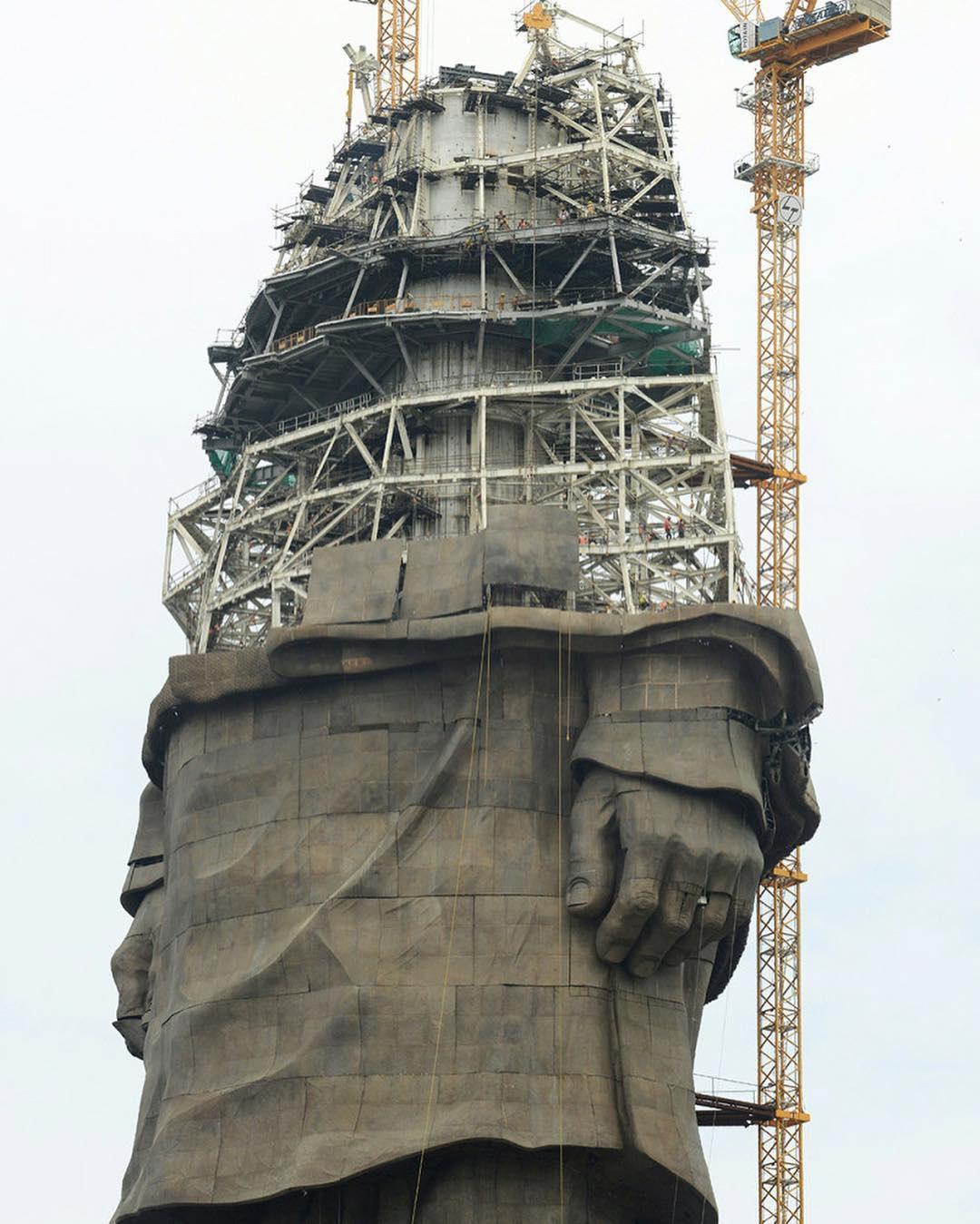 статуя13