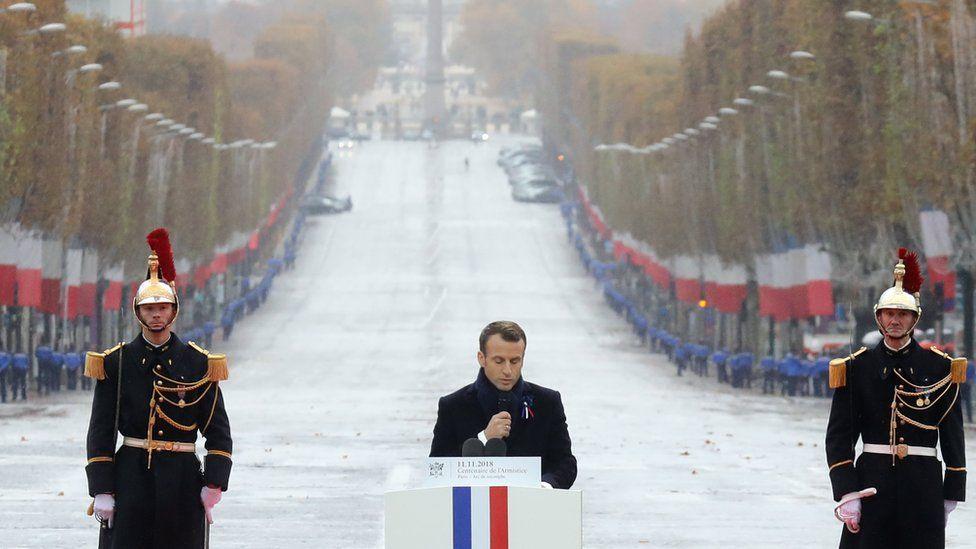 Париж13