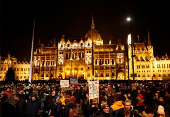 Венгрия_протест