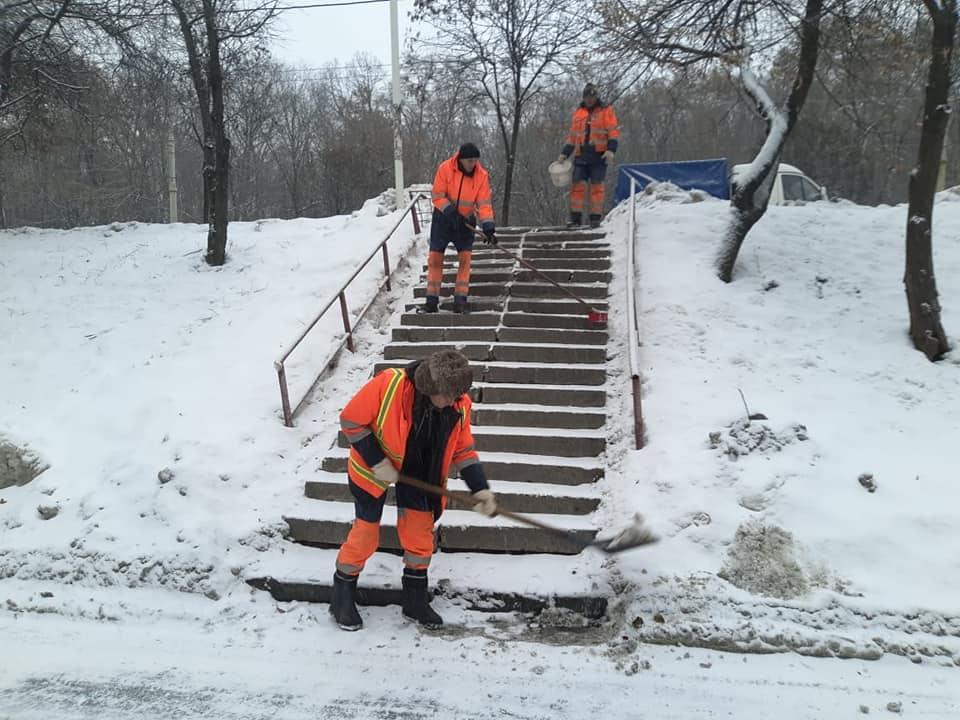 снег киев7