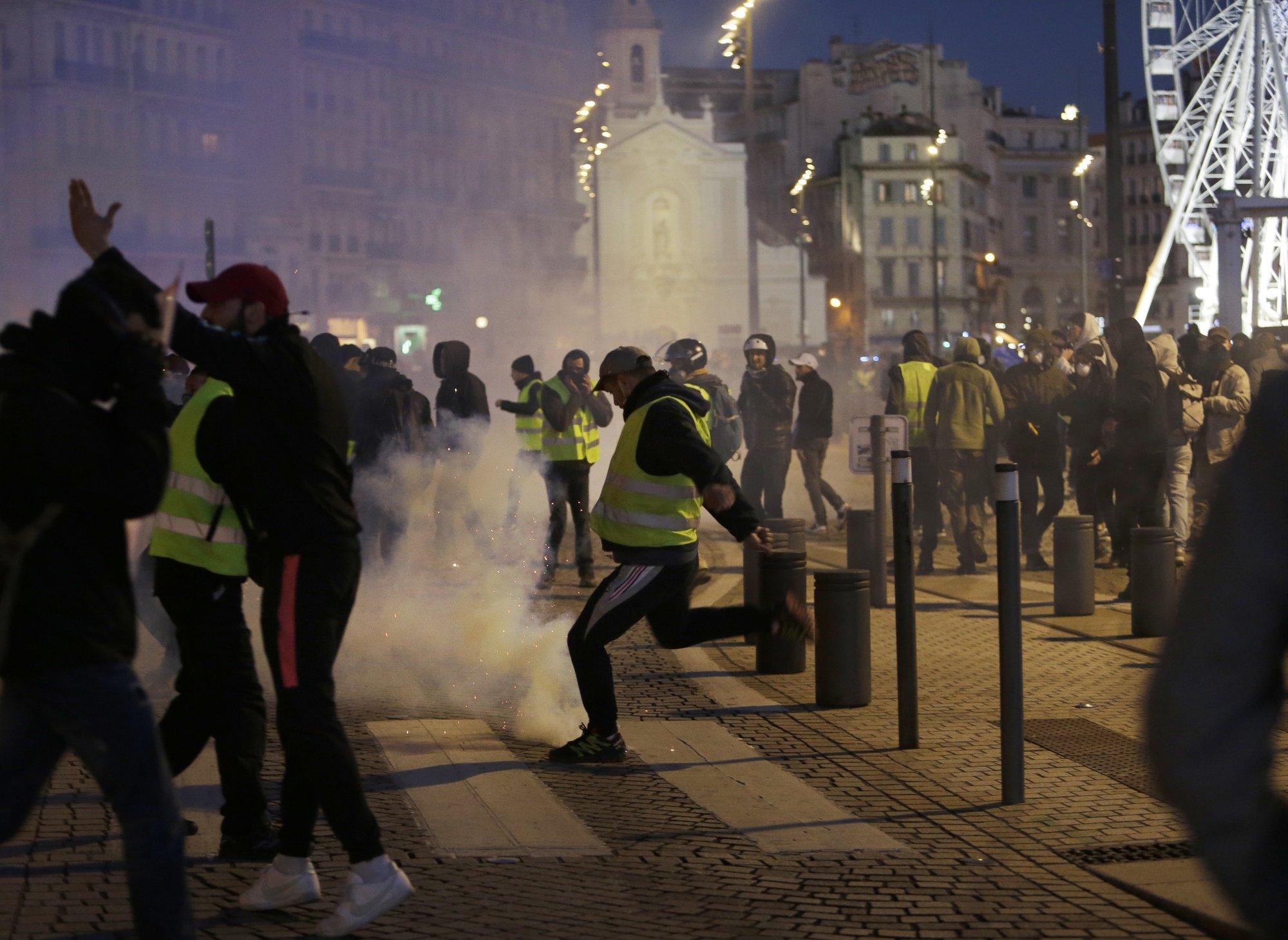 протест13