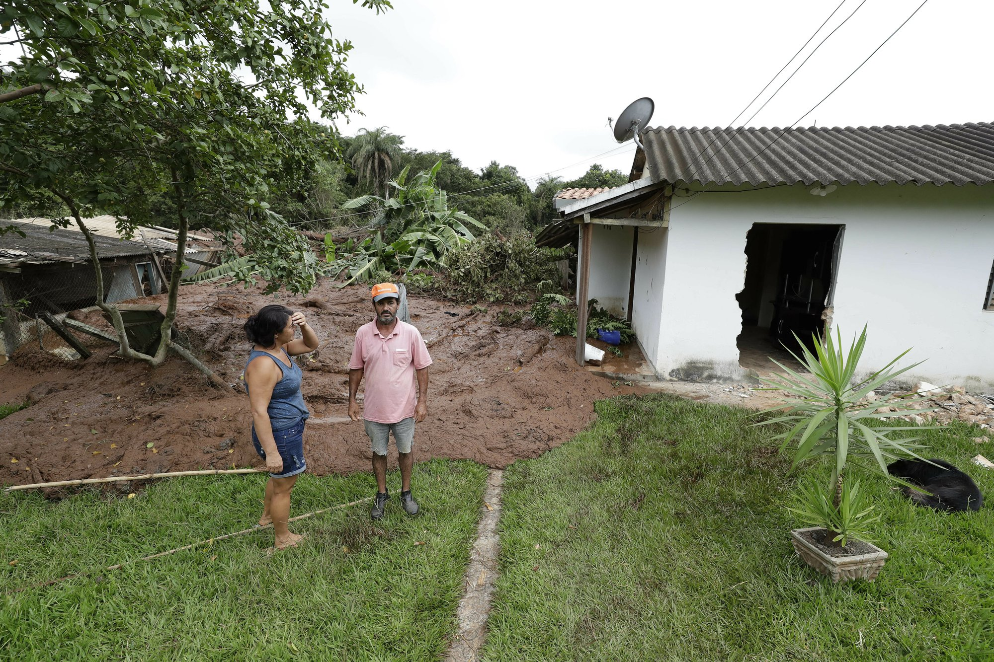 Бразилия_прорыв дамбы