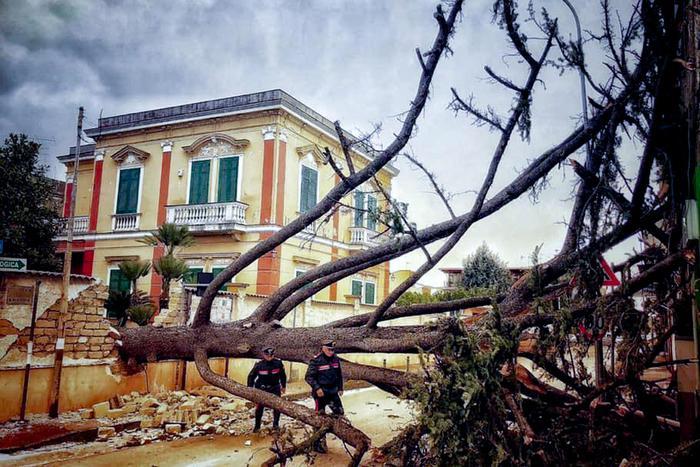 ураган италия6