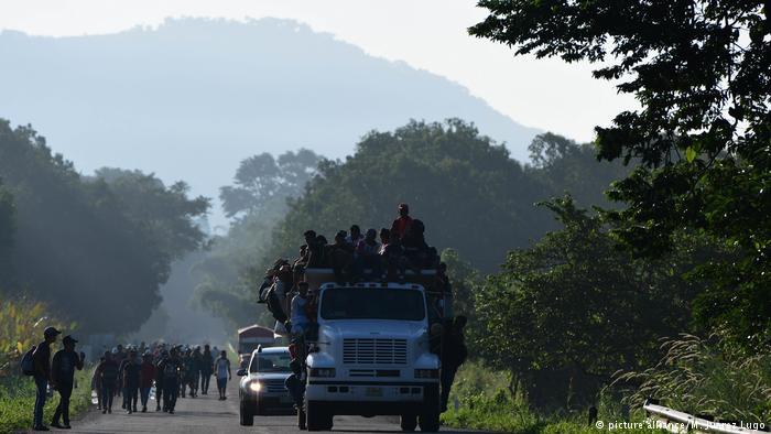 мексика_грузовик_мигранты
