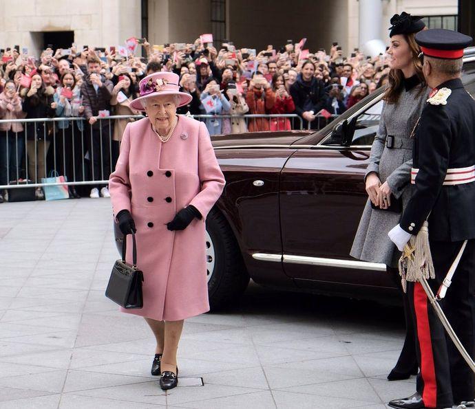 кейт и королева1