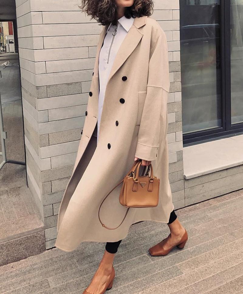 бежевое пальто