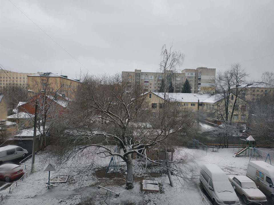 снег винница