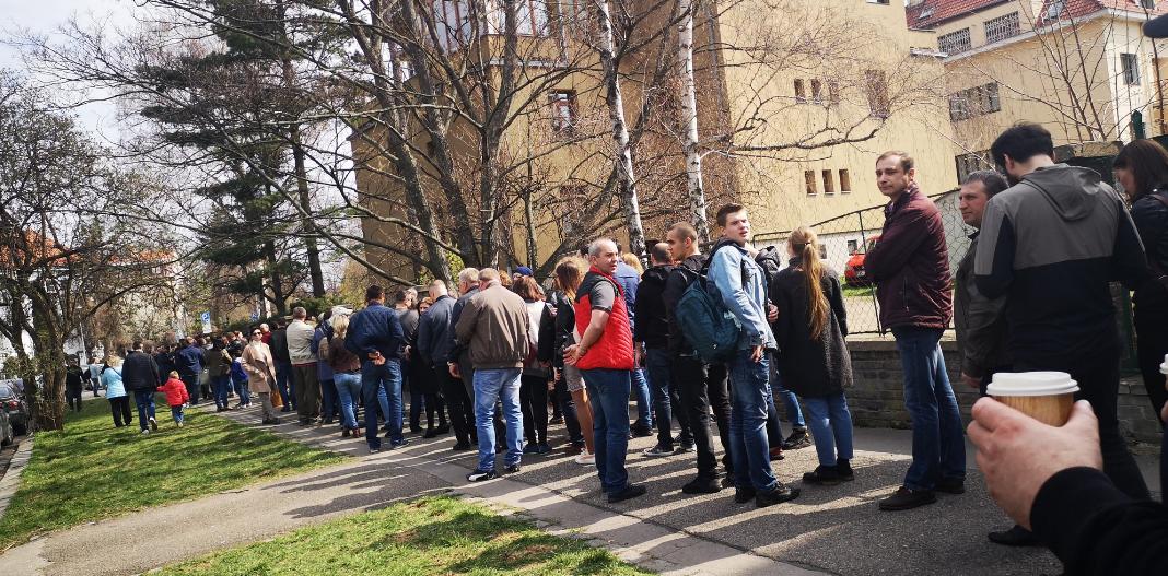 прага_посольство_украинцы_голосование