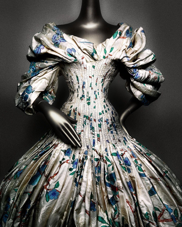 Платье Alexander McQueen осень зима 20062007