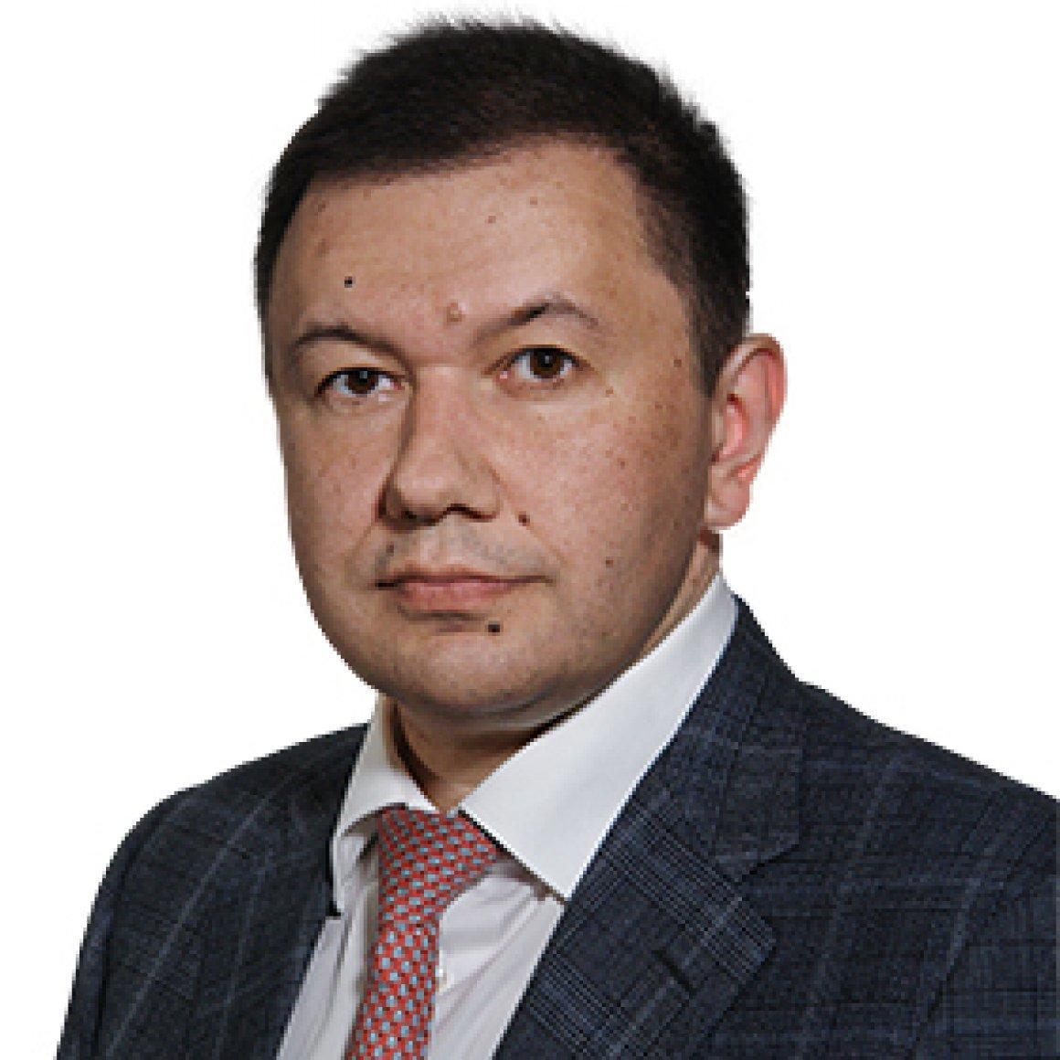 олег Bondarenko