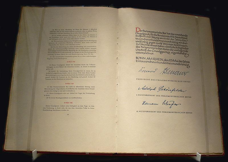 боннская конституция