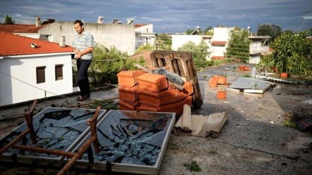 шторм греция3
