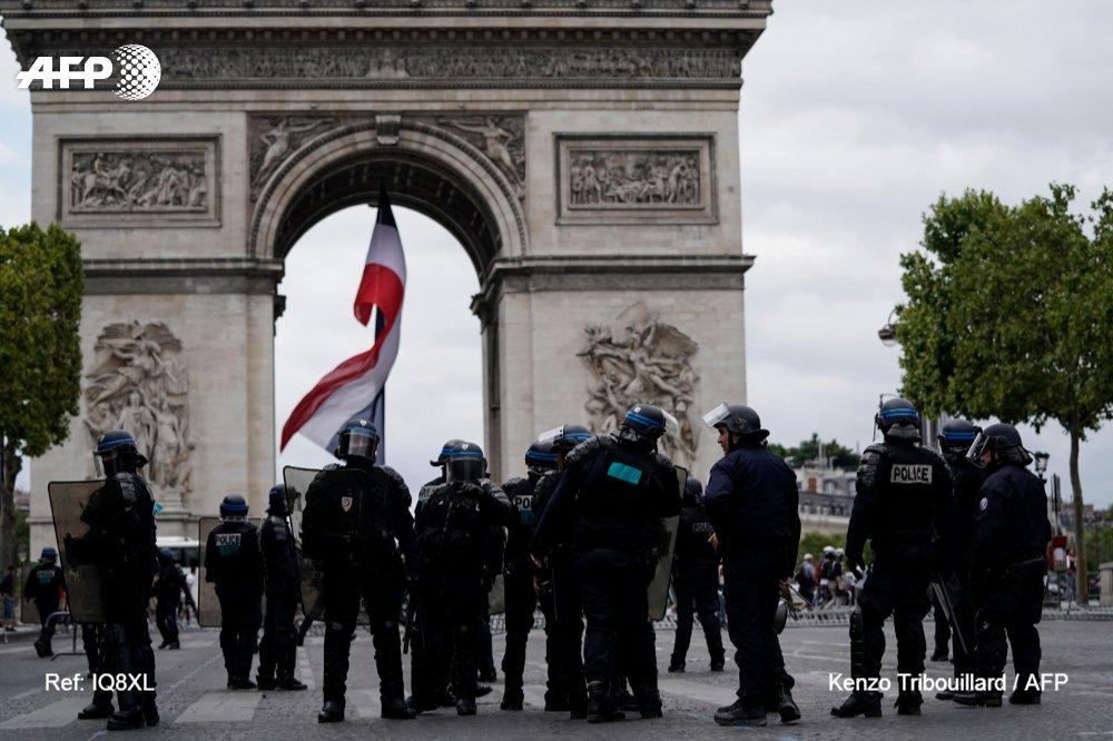 Франция12