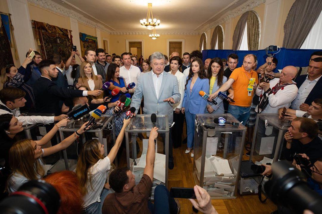 порошенко проголосовал
