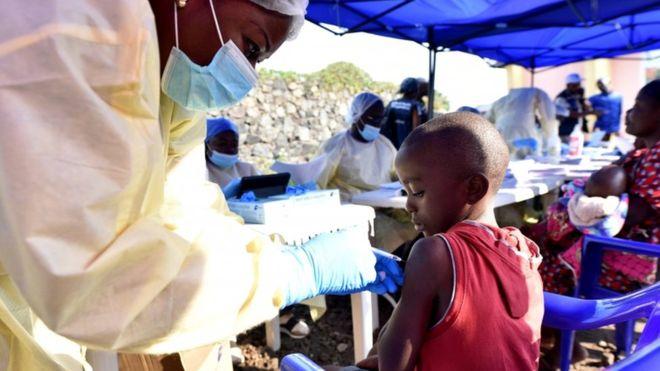 эбола1