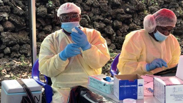 эбола3