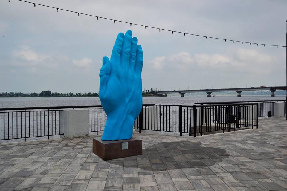 синяя рука_николаев